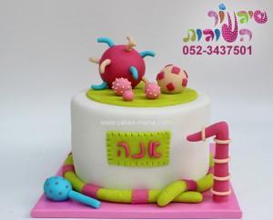 עוגת צעצועים לתינוקת