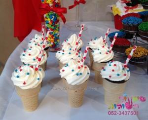 קאפקייקס גלידה ליום הולדת קירקס