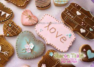 עוגיות מעוצבות לשולחן מתוקים בסגנון כפרי לחתונה