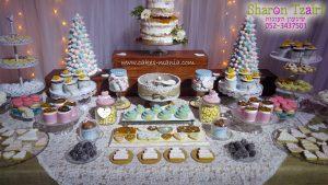 שולחן מתוקים בסגנון כפרי לחתונה