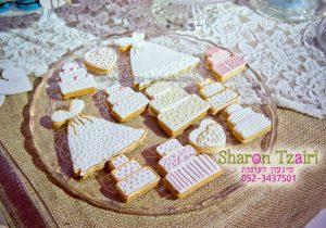 עוגיות מעוצבות - שולחן מתוקים בסגנון כפרי לחתונה